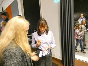 GLOBE ringi õpilased Tõravere observatooriumis kohtumisel NASA astronaudi Heidemarie Stefanyshyn-Piper`ga