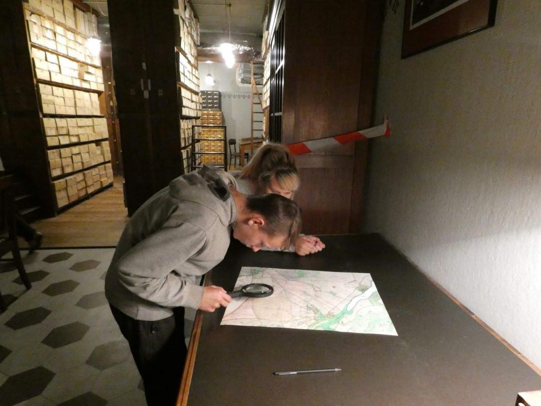 Kolmapäev, 25.09 eksperimentaalsed töötoad, õppereis Rahvusarhiivi peahoonesse
