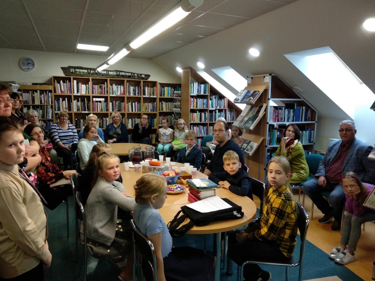 Maakondlikul 4. klasside ettelugemisepäeval osales meie koolist Lisette