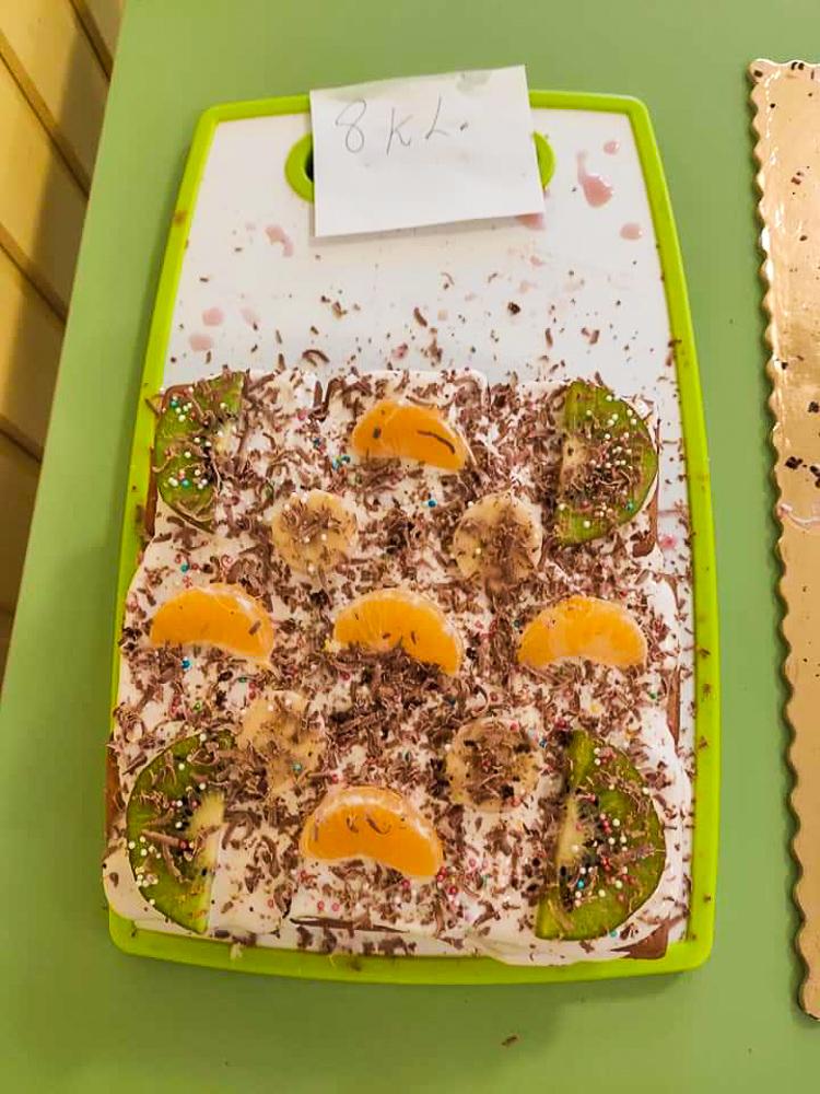 Kooli sünnipäeva tähistamine - küpsisetortide valmistamine