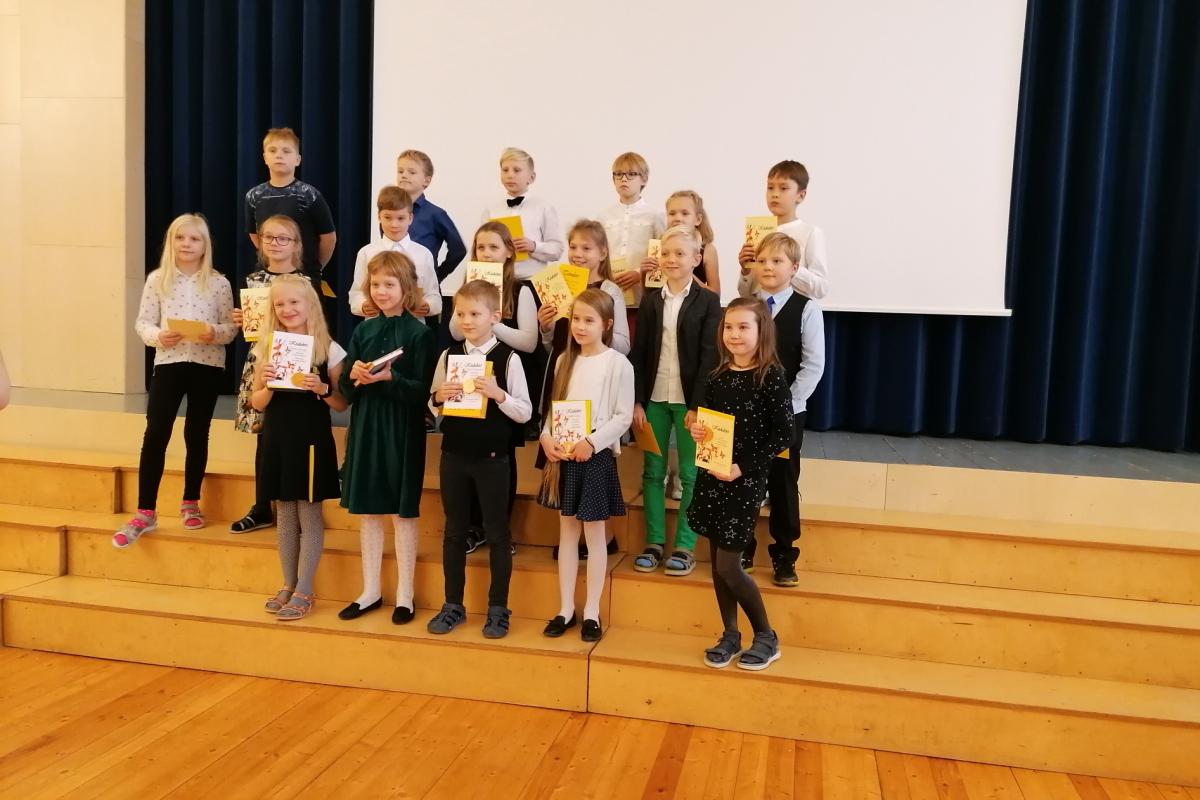 3. klassi osalejad. Meie koolist osales Lenne, viimases reas paremalt teine.