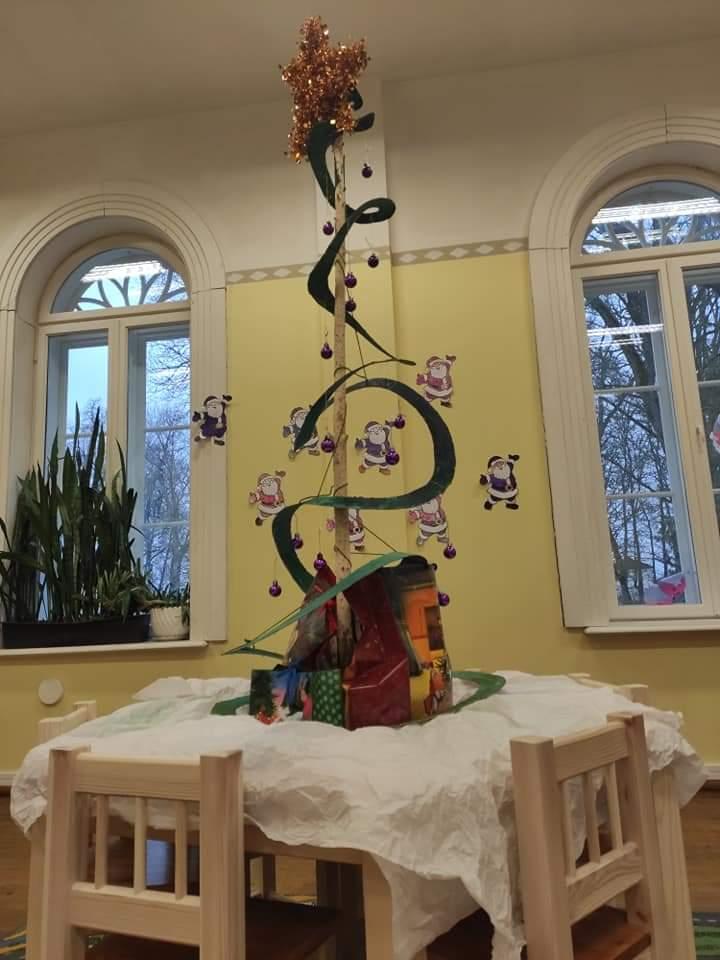 Meisterdamisringi jõulupuu, detsember 2019